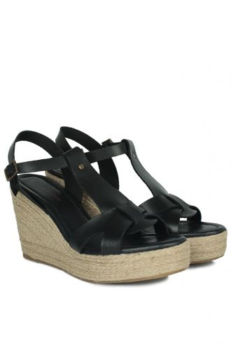 33 34 41 42 43 44 45 Küçük Büyük Numara Kadın Ayak - Erkan Kaban 5027 014 Kadın Siyah Sandalet Ayakkabı (1)