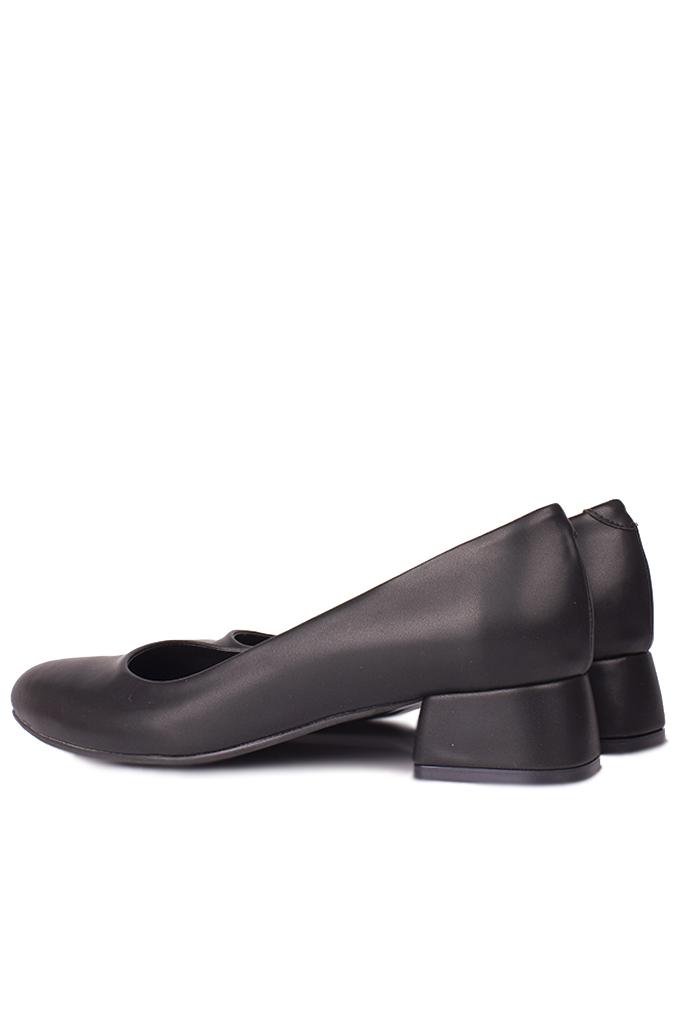 Loggalin 111301 014 Kadın Siyah Büyük & Küçük Numara Ayakkabı