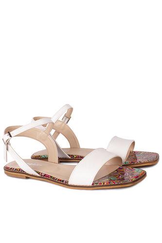 Loggalin - Loggalin 111602 960 Kadın Beyaz Büyük & Küçük Numara Sandalet (1)